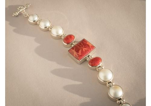 Bracelet corail, perle mabe et argent pour femme