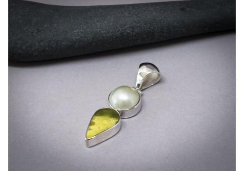 Pendentif perle, serpentine et argent pour femme