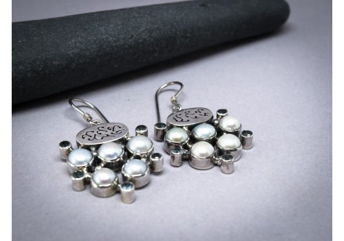 Boucles d'oreilles perle et topaze pour femme en exclusivité chez Galerie Loly
